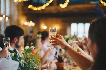 UK legt extra voorraad champagne aan